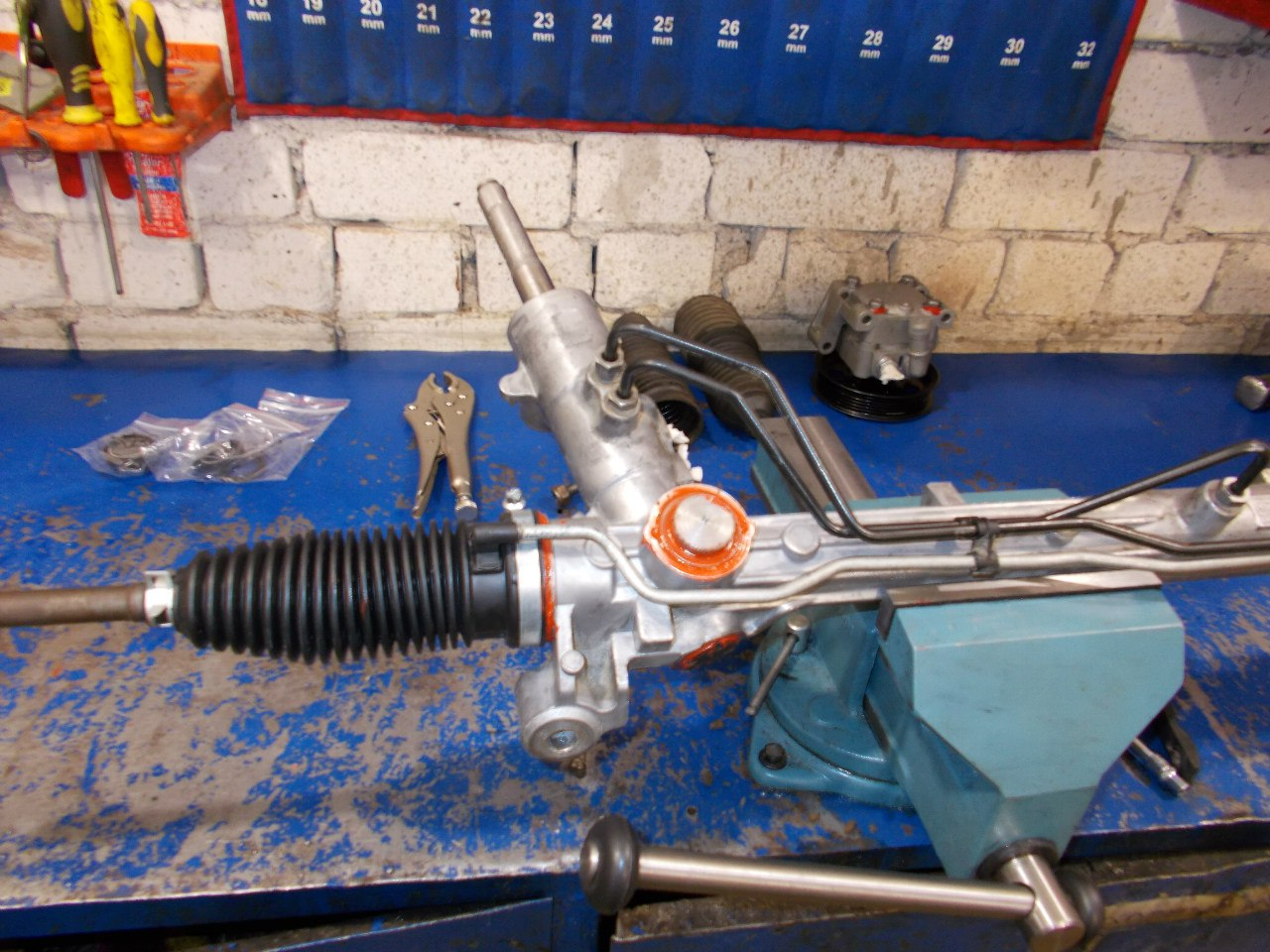 Замена сальника рулевой рейки форд фокус 2 своими руками 75